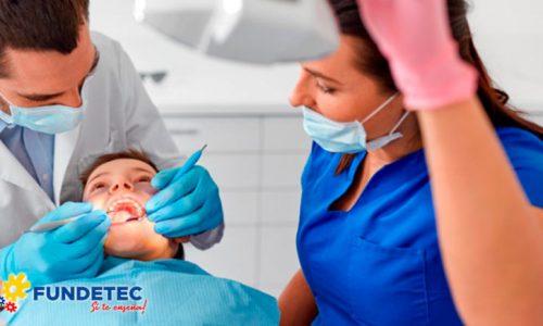 Auxiliar En Salud Oral
